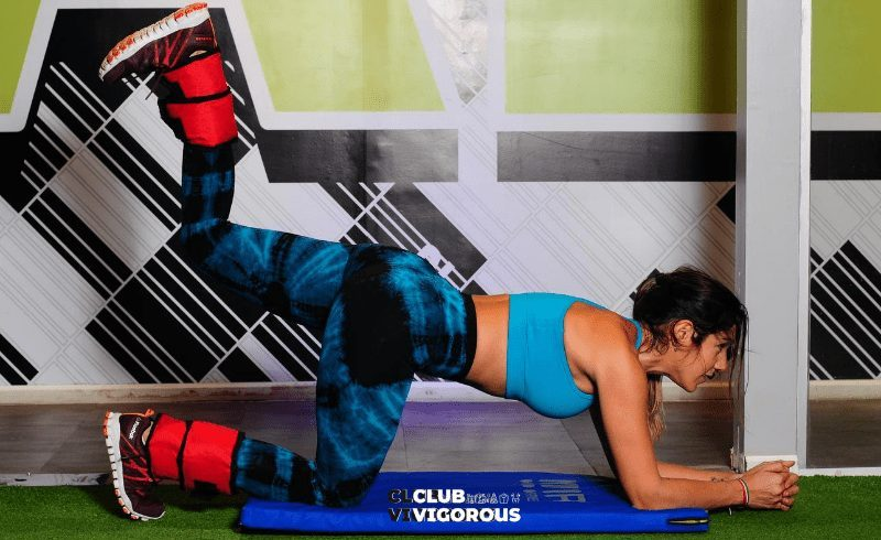 7-side-plank--challenge-song-plank-challenge-for-beginners