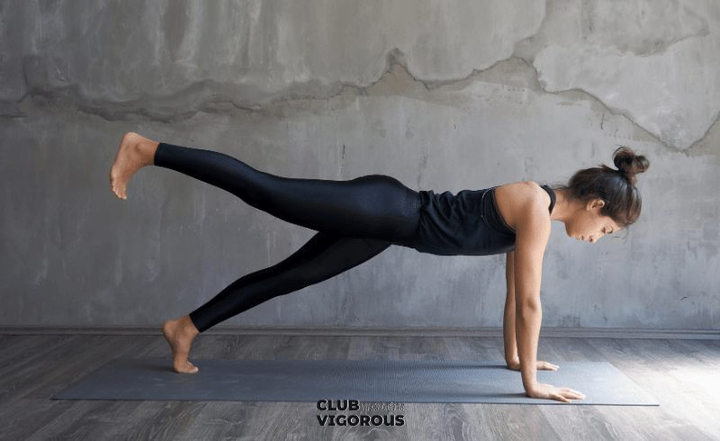 8-Plank-Pose-best-yoga-poses-for-bad-posture